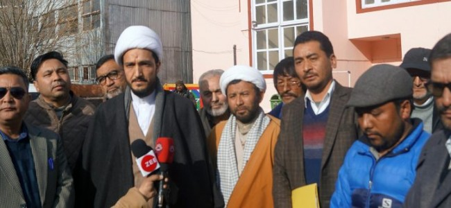 Kargil leaders unitedly voiced for peaceful dialogue on Kashmir issue with Separatists, Demanded Provincial status for Ladakh