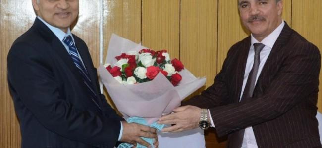 Chairman J&K Bank calls on Advisor Sharma