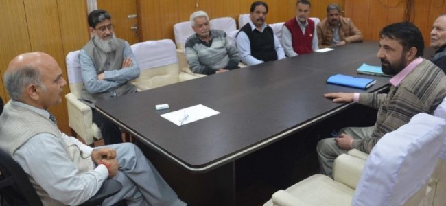 Kashmir Transport Welfare Association calls on Advisor Sharma