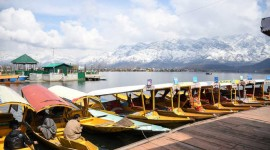 Rumours kill tourist traffic to Kashmir.