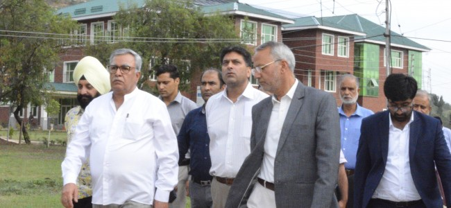 Advisor Khan visits IUST, interacts with students, faculty
