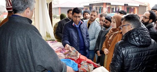 DDC Srinagar inaugurates special handloom exposition 2020