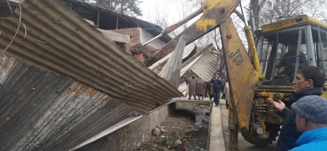 LAWDA demolishes illegal structures