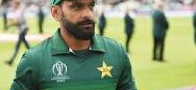 Hafeez takes a dig at fixing tainted Sharjeel's comeback