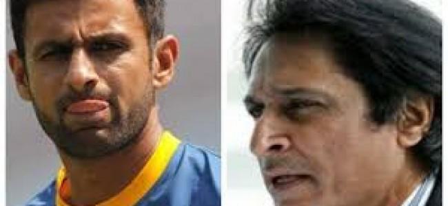 'Wanting Pak cricket back at top?' – Shoaib Malik, Ramiz Raja engage in war of words over 'retirement'