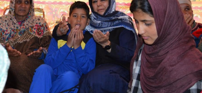 Mehbooba visits families of slain police personnel, JK Bank officials