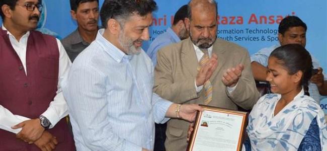 Digitization key to corruption-free, speedy delivery of services: Imran Ansari