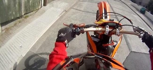 Srinagar police launch drive against stunt bikers