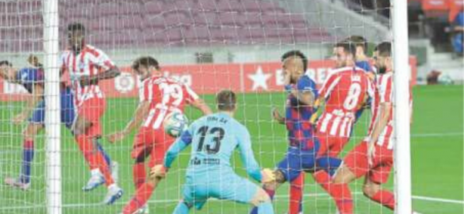 Messi scores 700th goal but Barca held by Atletico