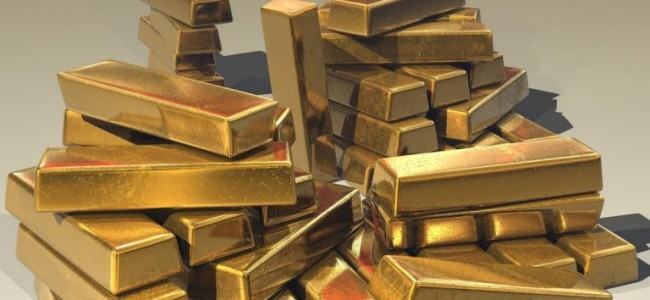 Gold inches lower as investors await US election outcome