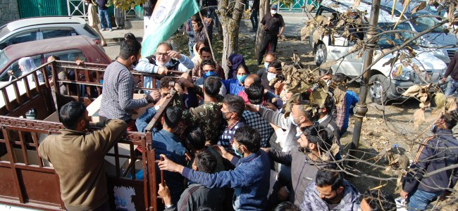BJP rally in Srinagar through the eye of camera on Monday photo feature by Tariq Shah
