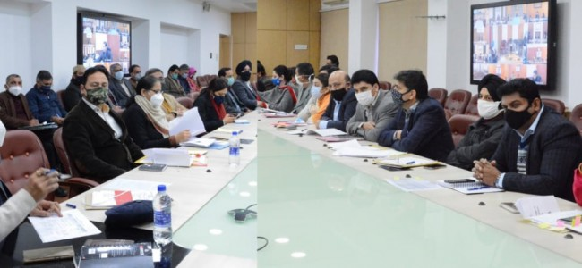 Nitishwar Kumar reviews implementation of directions of Lt Governor