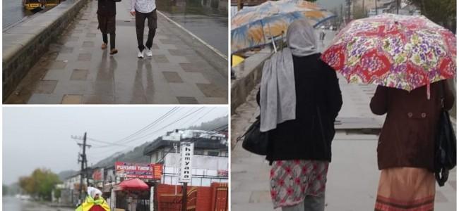 Rains lashed Kashmir Valley