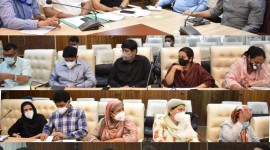 DC Srinagar reviews achievement of targets under ongoing vaccination drive