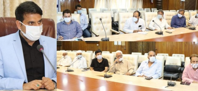 DC Srinagar holds interaction with Tourism Associations