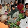 Mehbooba visits Jammu border areas, listens to shelling victims