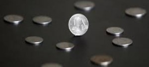 Indian rupee falls 26 paise to 70.75 per US dollar in early trade
