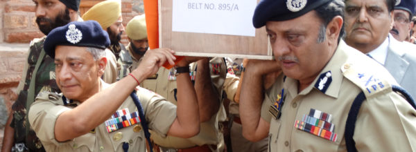 DG police S,P.Vaid and IG Kashmir Muneer Khan Wreath laying ceremony of a slain policeman Tasveer Ahmad: Pic mudasir Khan